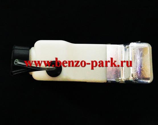 Бензобак (топливный бак) в сборе бензокос с объемом двигателя 25см3 (Patriot 3045, Carver 025, Лесник 304 и др