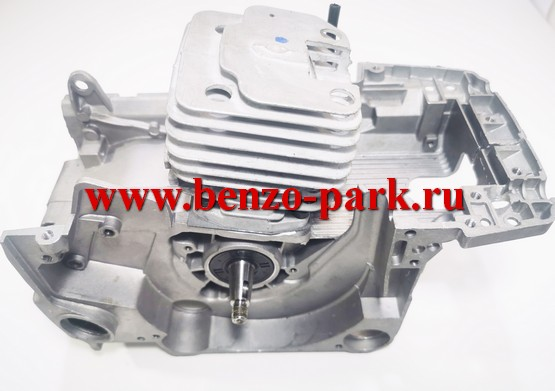 Двигатель в сборе китайских бензопил с объемом двигателя 45