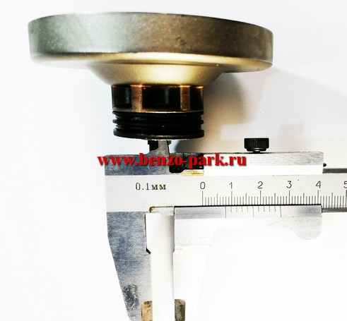 Звездочка ведущая в сборе электропил типа Интерскол, Парма, Китай, внутренний зацеп 6 зубьев