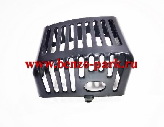 Кожух глушителя китайских бензокос с объемом двигателя 33 см3 (32,5 см3) (двигатель 36F)