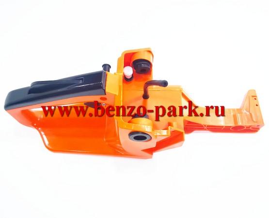 Корпус (бензобак) китайских бензопил с объемом двигателя 45, 52 и 58 см3 под бензопилы без подкачки топлива (без праймера)