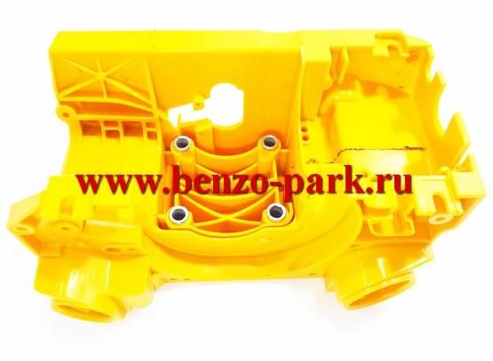 Корпус (картер, бензо-маслобак) бензопил типа Poulan 2250, Partner 351-371 и т.п., для бензопил с амортизаторами («мягкий» корпус)
