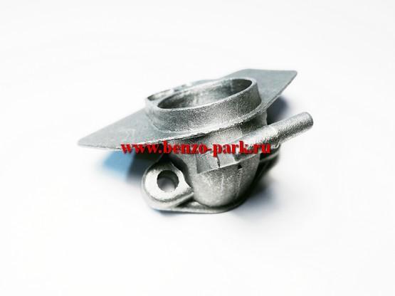 Кронштейн крепления воздушного фильтра (коллектор) китайских бензопил с объемом двигателя 45см3, 52 см3 и 58 см3