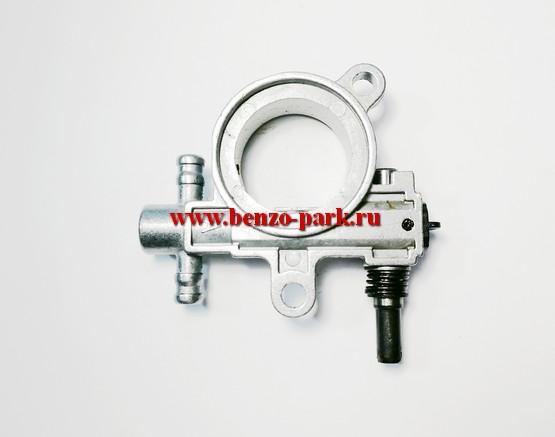 Маслонасос в сборе китайских бензопил с объемом двигателя 25 см3, 38 см3 и 41 см3