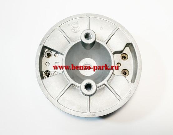 Маховик китайских бензокос с объемом двигателя 43 см3, 52 см3, 56 см3 и 62 см3