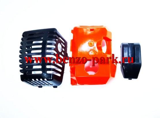 Пластиковый обвес в сборе китайских бензокос с объемом двигателя 43 см3 и 52 см3