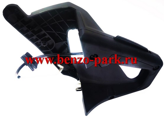 Рукоятка управления бензопил типа Poulan 2250, Partner 351-371 и т.п., для бензопил с амортизаторами («мягкий» корпус)